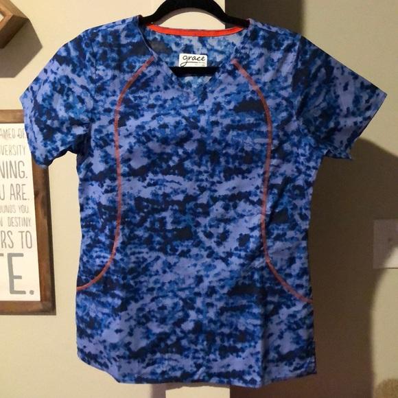 Grace Tops - Barely worn, blue camo printed Grace scrub top SM
